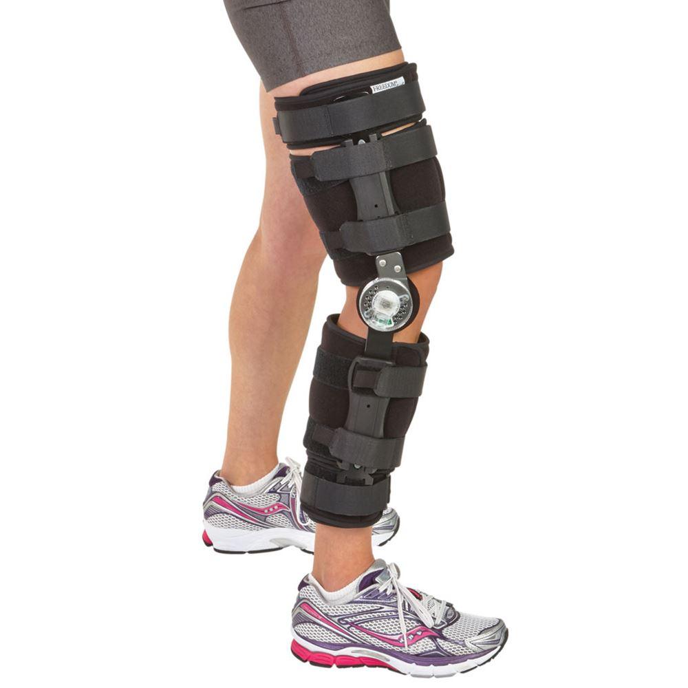 woman knee brace